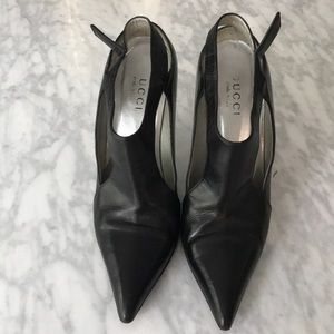 Black leather Gucci heels